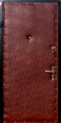 Входные металлические двери с отделкой винилискожей