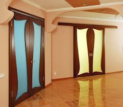 Компания «Мастер уюта» установка металлических и межкомнатных дверей.